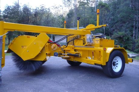 Sewell Sweepers TB2000ESS Farm Machinery | Rosher